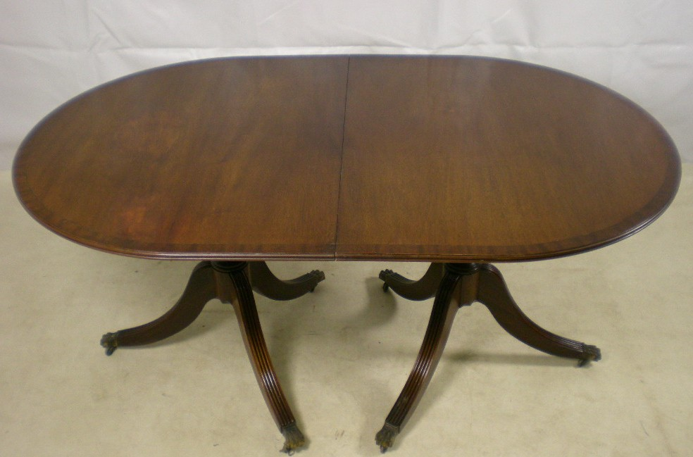 Regency Style Dark Mahogany Extending Dining Table : regency style dark mahogany extending dining table 2 966 p from www.harrisonantiquefurniture.co.uk size 984 x 649 jpeg 109kB